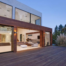 Modern Deck by Launch Systems Group