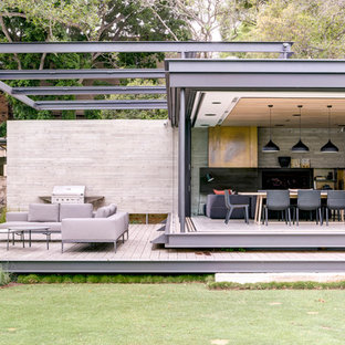 Modern deck in Sydney with a pergola.
