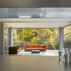 Contemporary Deck by LaCantina Doors