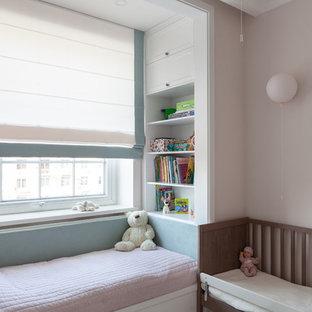Свежая идея для дизайна: детская в стиле современная классика с спальным местом и розовыми стенами - отличное фото интерьера
