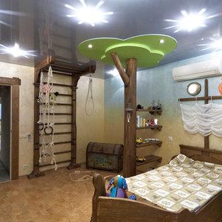 Idéer för ett stort maritimt pojkrum kombinerat med lekrum och för 4-10-åringar, med korkgolv och flerfärgade väggar