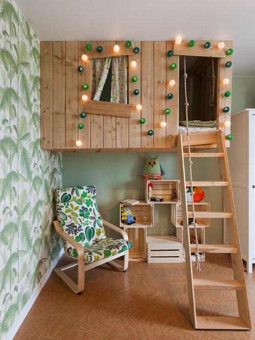 Chambres d'enfant et de bébé avec un sol en liège et un mur vert ...