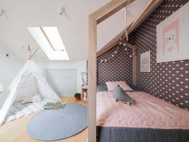 Contemporain Chambre d'Enfant by Line Design Studio