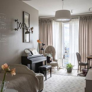 Пример оригинального дизайна интерьера: большая детская в классическом стиле с спальным местом, серыми стенами, коричневым полом и темным паркетным полом для подростка, девочки