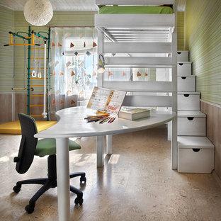 Inspiration pour une chambre d'enfant design avec un bureau, un mur vert et un sol en liège.