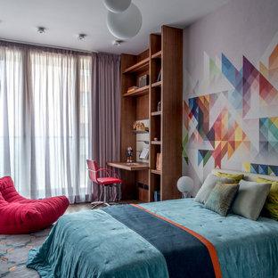 Свежая идея для дизайна: детская в современном стиле с разноцветными стенами - отличное фото интерьера