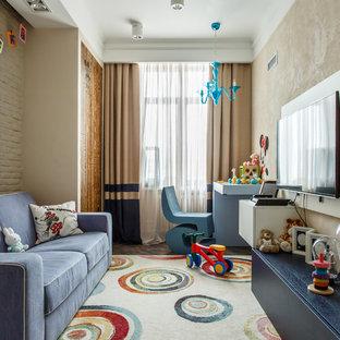 Новые идеи обустройства дома: детская в современном стиле с бежевыми стенами и ковровым покрытием для ребенка от 4 до 10 лет, девочек или мальчиков