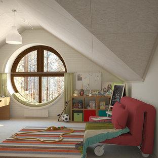 Exemple d'une grande chambre de garçon de 4 à 10 ans scandinave avec un bureau, un mur multicolore, un sol en liège et un sol blanc.