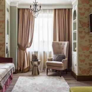 На фото: детские в классическом стиле с спальным местом, паркетным полом среднего тона, разноцветными стенами и коричневым полом для девочки