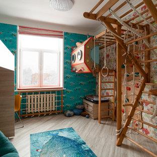 Foto de dormitorio infantil ecléctico con paredes multicolor y suelo gris