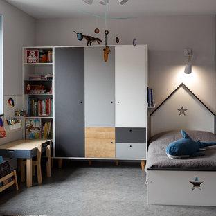 Неиссякаемый источник вдохновения для домашнего уюта: детская в современном стиле с спальным местом, серыми стенами и серым полом для ребенка от 4 до 10 лет, мальчика