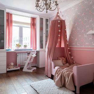 Источник вдохновения для домашнего уюта: детская в современном стиле с серыми стенами, темным паркетным полом, коричневым полом, панелями на стенах и обоями на стенах