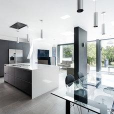 Contemporary Dining Room by AR Design Studio Ltd