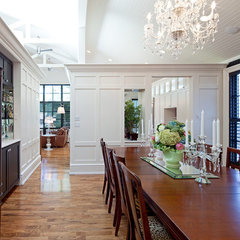 traditional dining room by Peter A. Sellar - Architectural Photographer