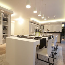 Modern Dining Room by MH INTERIORS by Magdalena Hopkins