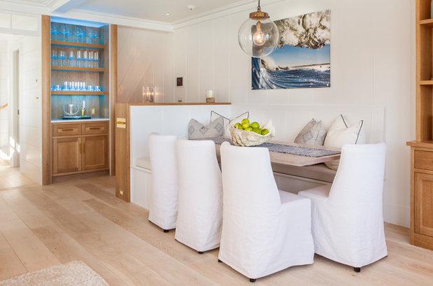 Beach Style Dining Room by Jonathan Raith Inc.