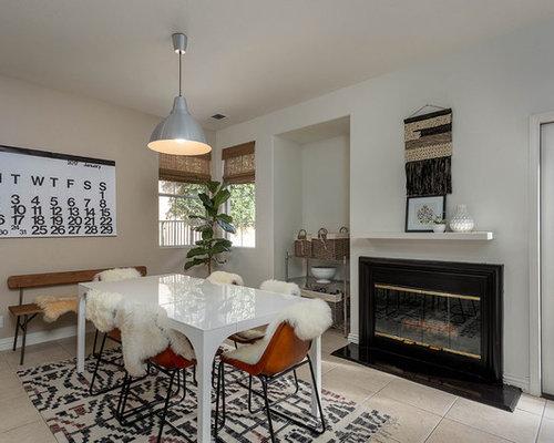 salle manger avec un manteau de chemin e en m tal photos et id es d co de salles manger. Black Bedroom Furniture Sets. Home Design Ideas