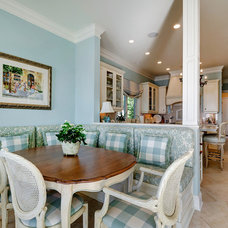 Traditional Dining Room by Emerald Coast Real Estate Photography