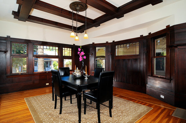 Traditional Dining Room by Essential Home Staging