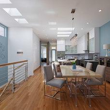 Contemporary Dining Room by EM DESIGN INTERIORS