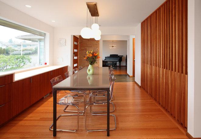 Midcentury Dining Room by Brownwork