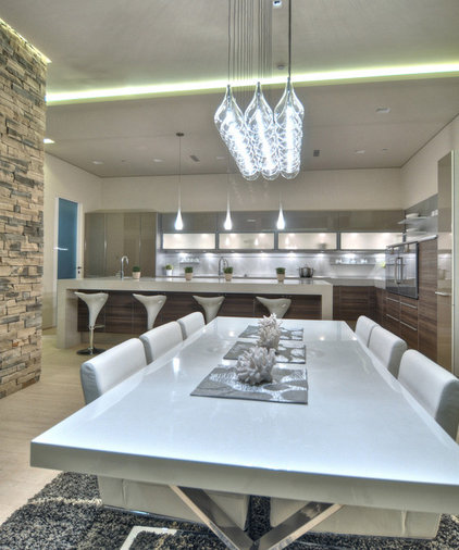 Contemporary Dining Room by Lightopia