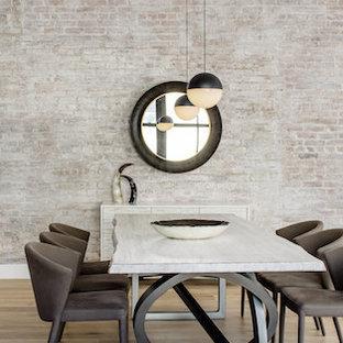 Esempio di una sala da pranzo industriale