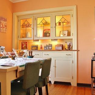 Foto di una sala da pranzo eclettica