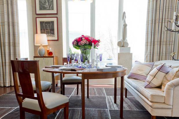 Living Room Meets Dining Room: The New Way to Eat In