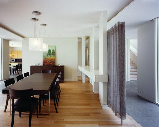 Contemporary Dining Room by VARENHORST