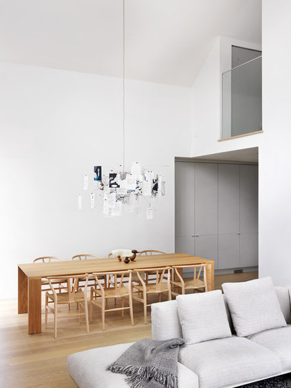Modern Dining Room by Burgers Architecture Inc.