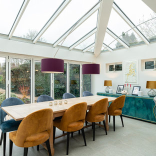 Photo of a traditional dining room in Buckinghamshire.