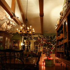Traditional Dining Room by Illuminations of the Triad