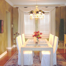 Traditional Dining Room by Fine Art & Portraits by Laurel