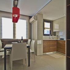 Modern Dining Room by Fimera Design Studio Ltd.