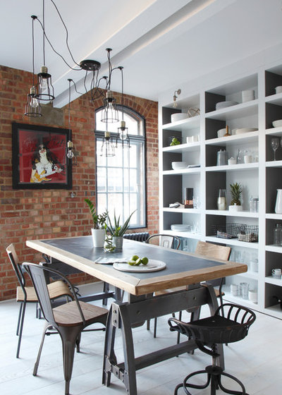 Industrial Comedor by Ligneous Kitchens