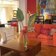 Contemporary Dining Room by estudio gutman lehrer