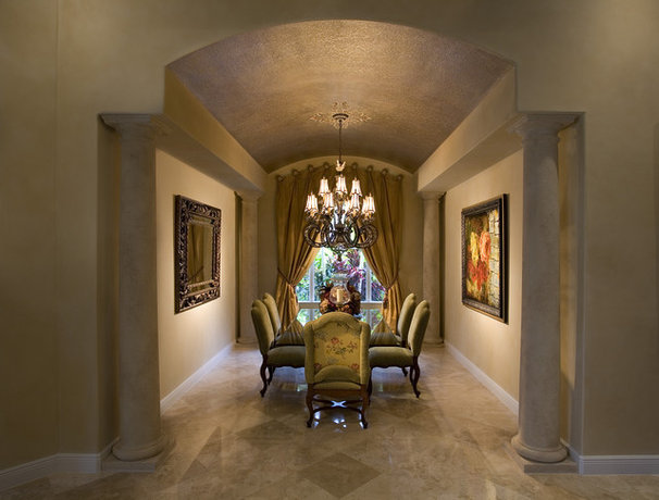 Traditional Dining Room by Craig Denis