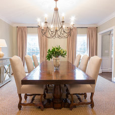 Traditional Dining Room by Anna Braund