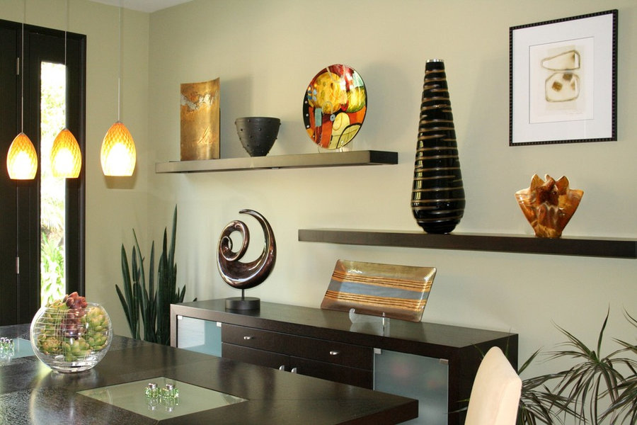 ART ACCESSORIES TRANSFORMS PLAIN DINING ROOM