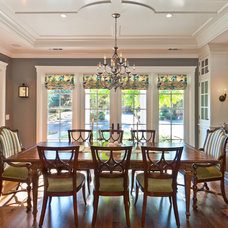 Traditional Dining Room by Viscusi Elson Interior Design - Gina Viscusi Elson