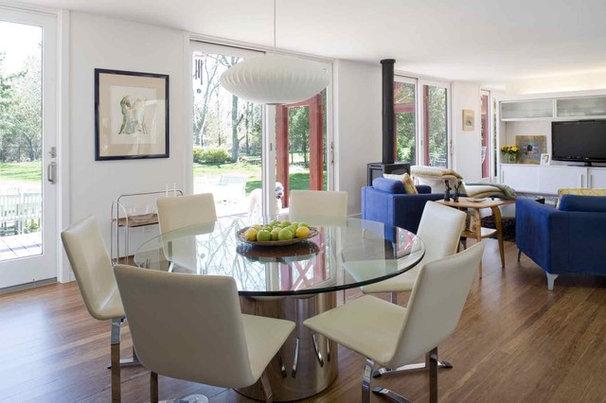 Modern Dining Room by ASAP•house Inc - Studio Kiss