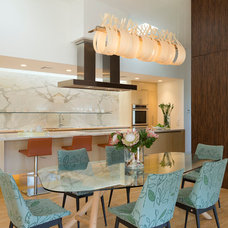 Modern Dining Room by Foursquare Builders