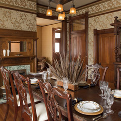 traditional dining room by Volz & Associates, Inc.