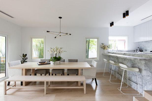 Contemporary Dining Room by Customconstruction Pty Ltd