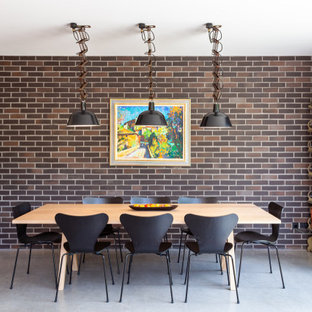 Photo of a midcentury dining room in London.