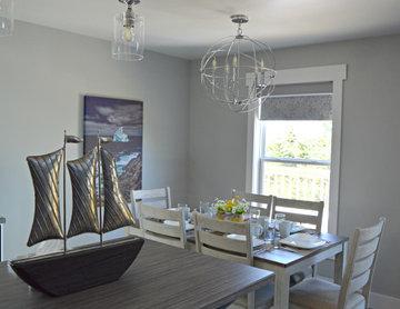 Bambury's Hillside Chalet - Open Concept Main Floor