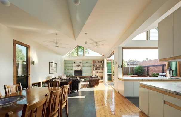 Contemporary Dining Room by Mihaly Slocombe
