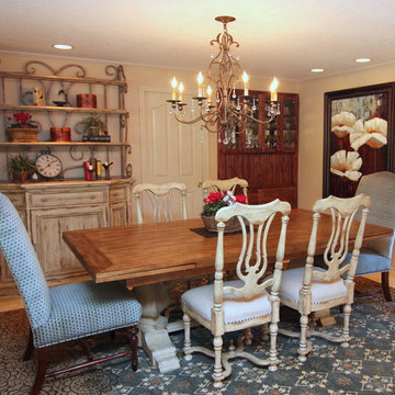 Battle Ground French Country Living/Dining Room