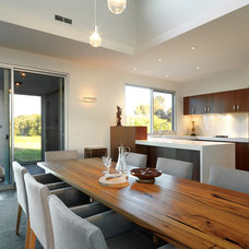 Contemporary Dining Room by MR.MITCHELL